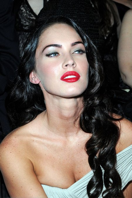 [gallery_main-0707_megan_fox_05.jpg]