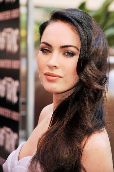 [gallery_main-0918_megan_fox_bald_08.jpg]
