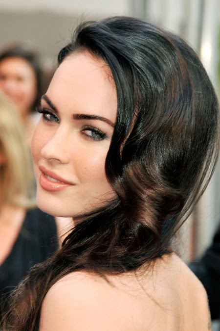 [gallery_main-0918_megan_fox_bald_09.jpg]