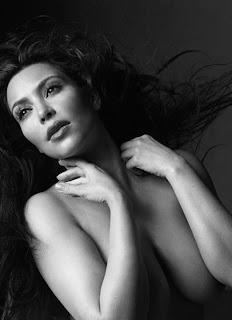http://4.bp.blogspot.com/_5MwaaS2L6UA/TU1HnwNHpFI/AAAAAAAAOYI/60epwVurDAg/s1600/0204-kim-kardashian-nude-w-magazine-02-480x663.jpg