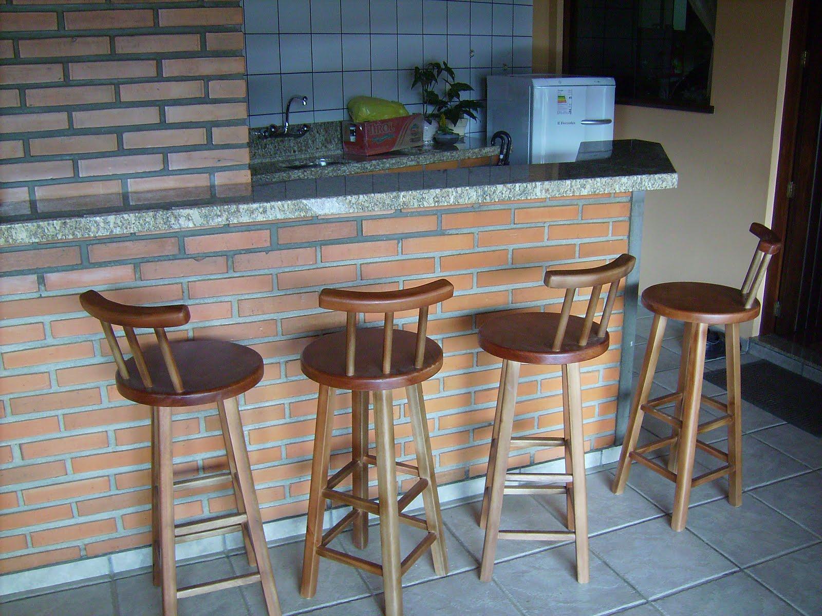 Banqueta com encosto Cod. 1012 feitas para o cliente Sr. Rogério  #845F47 1600x1200