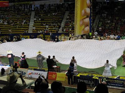 El pañuelo de marinera más grande del Perú