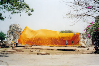 Buda echado, Sukhothai