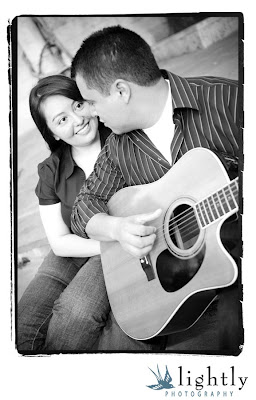 blog00002l Engaged! Daisy & Miguel