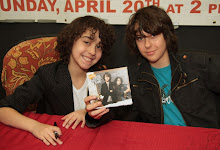 The Naked brothers band - Sidekicks  (enero 2008)
