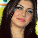 Hansika is 'wonder girl'