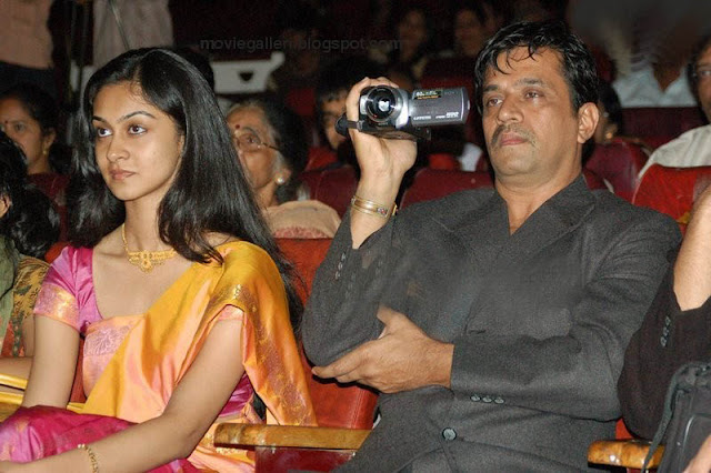 Arjun Sarja Wife niveditha arjun Photos, Stills, Pics, Gallery