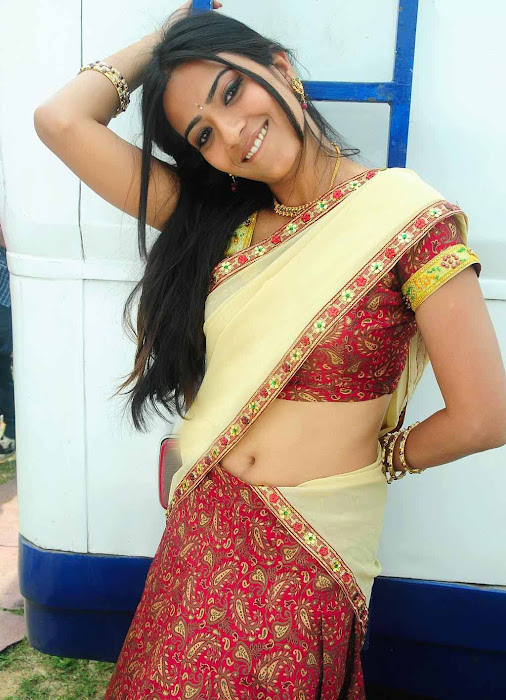 aditi sharma in half saree hot images