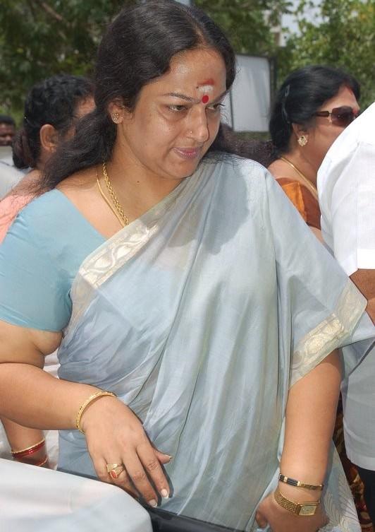 Tamil Pengal Nirvana Padam