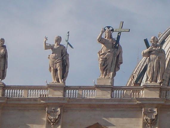 ROMA, LA ETERNA, GRANDEZA Y CONTRASTES