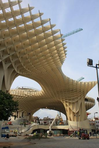 de hecho la es el termmetro de la ciudad actual tanto las nuevas como el de ellas la ciudad se refleja en su