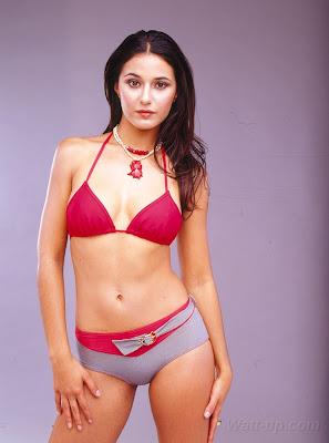 Watt-up: Emmanuelle Chriqui Sexy Pics!  Emmanuelle Chriqui Thong