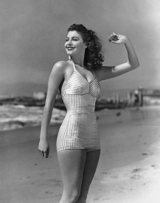 Women Hollywood stars news: Famous Hollywood Pin Up Girls ...