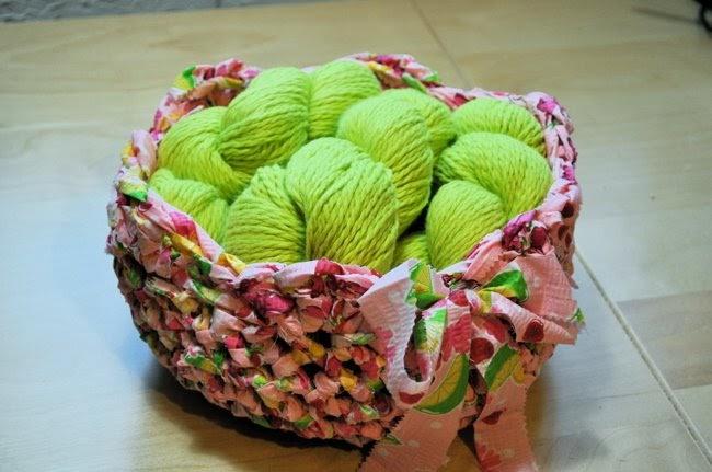 Free Patterns Crochet Baskets Bowls : The Crochet Dude - free patterns: Fabric Bowl