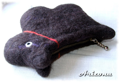 wet felted coin purse dog
