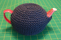 Tea cozy for small teapot