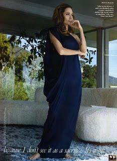 Angelina Jolie Sexy Pics