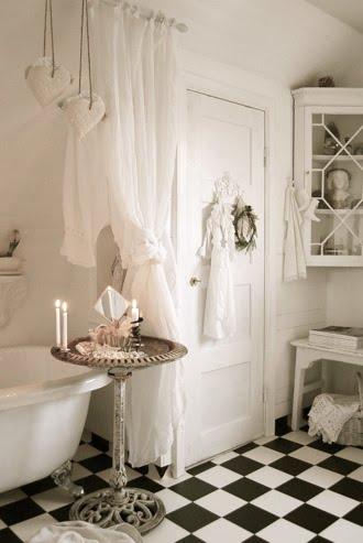 Magiczny Zakątek Inspirująco Jasne Białe łazienki W