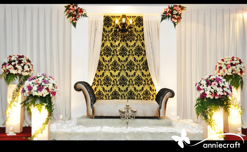 Anniecraft Pelamin Dewan Dais Riena Wedding