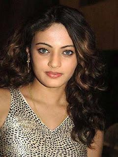 Simbu okays Sneha Ullal for 'Vaanam'