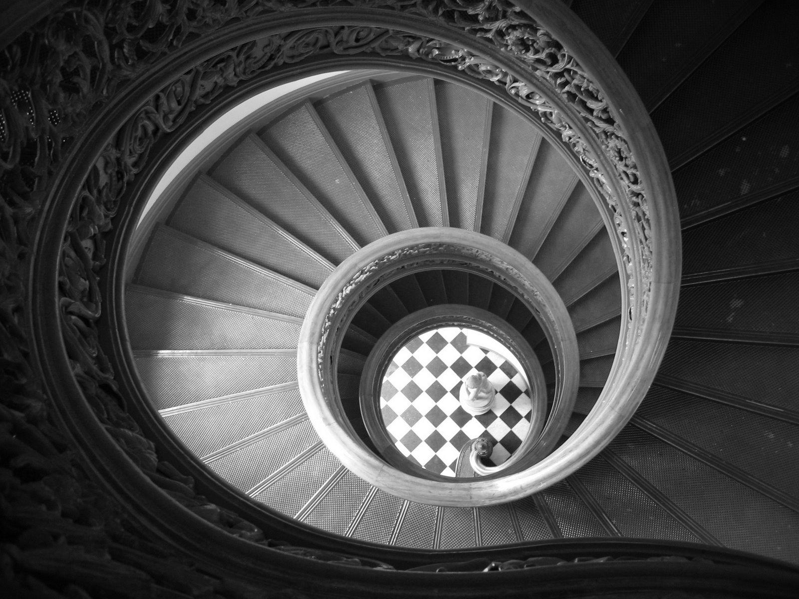 [p.+stairs]