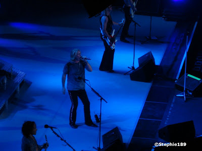 Def Leppard! Joe Elliott, part of Vivian Campbell, most of Rick Savage, part of Phil Collen; Downstage Thrust Tour 2007