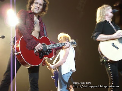 Vivian, Sav, and Joe - 2008 - Def Leppard