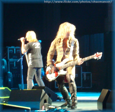 Joe Elliott and Rick Savage - Def Leppard - 2009