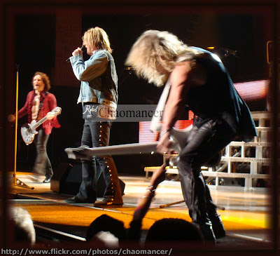 Vivian, Joe, and Sav - Def Leppard - 2009