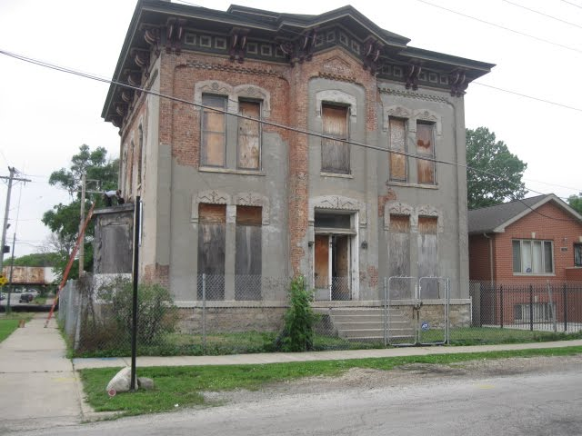 Chicago real estate blog chicago landmark dupont for Dupont house