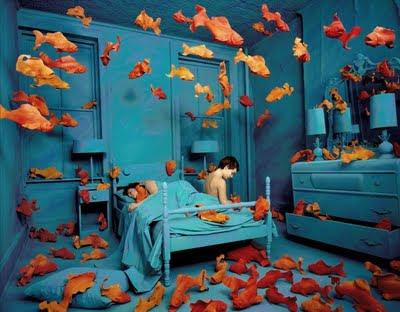 http://4.bp.blogspot.com/_5WqLkqFL9Hs/S87SQZuqLDI/AAAAAAAAAkY/_R9Up6mYo-E/s400/peces+y+sue%C3%B1os.jpg