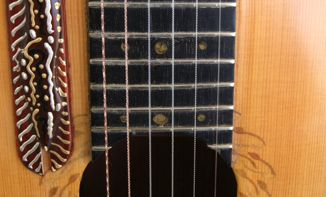 THE KERTSOPOULOS HIGH STRING GUITAR STRUNG WITH HIGH TUNING STRINGS (0 FRET=10TH FRET TUNING)