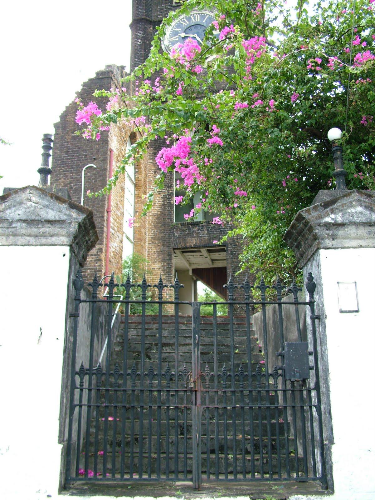 http://4.bp.blogspot.com/_5ZO_j9ozWwo/TPFlOTIzclI/AAAAAAAAAJI/98I9yC9W-9U/s1600/Grenada%2B004.JPG