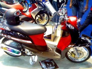 YAMAHA FINO S MODIFIED STYLE   cars and motorcycles
