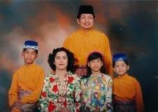 Family Anak Malaysia 1994