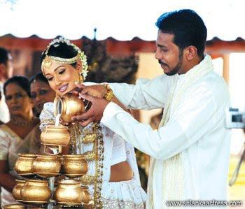 Piyumi Shanika Bothejus Wedding | Wedding Photos of sri Lankan Famous ...