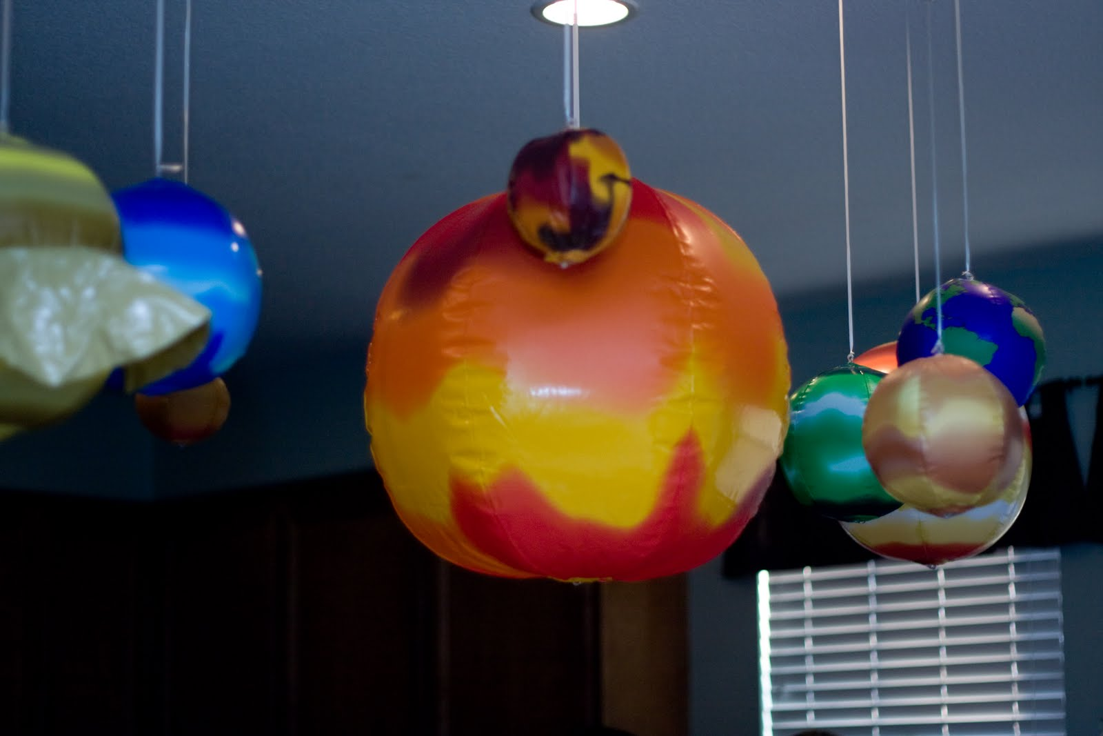 inflatable projection with planets - photo #26