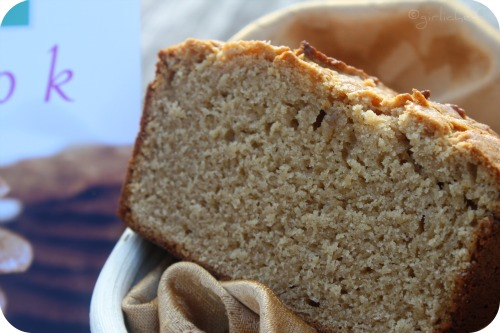 Peanut Butter Bread + a <b>GIVEAWAY---></b><i>cookies and a cookbook from Tate&#39;s Bake Shop anyone!?</i>
