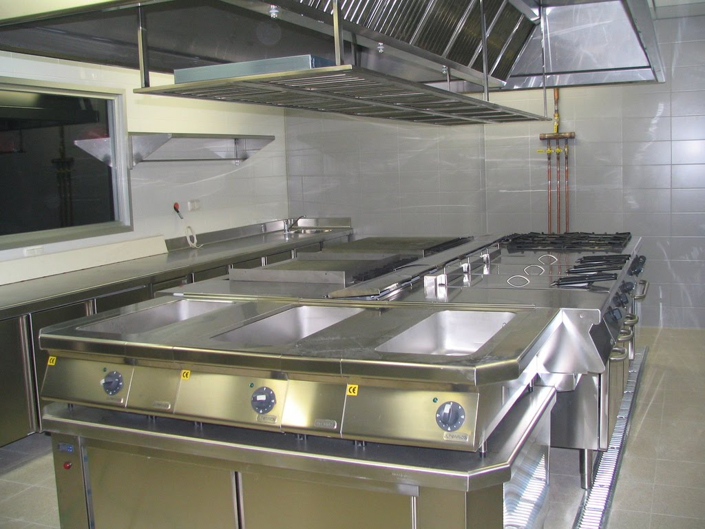 Gerencia de alimentos y bebidas comedor bar cocina mise place sommelier - Cocina para bar ...