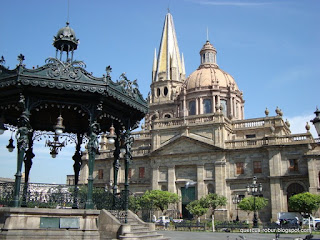 Kiosko, El Sagrario, Catedral metropolitana de Guadalajara, Plaza de Armas