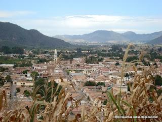 Vista parcial del pueblo de MAscota desde el Cerro de la Cruz