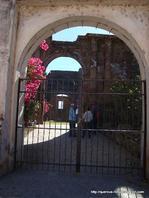Templo de la Preciosa Sangre de Cristo, vista desde afuera, vista 2