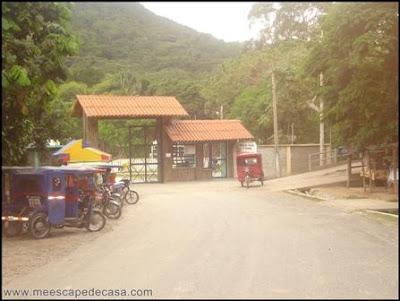 entrada a los baños termales de san mateo (moyobamba, peru)