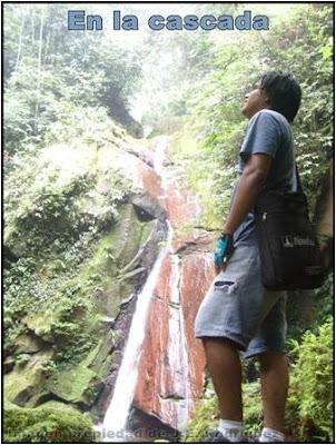 en la cascada del rio shilcayo