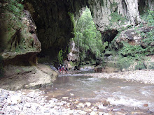 "After a fresh hike...Cueva del Arco ""Arch's Cave"""