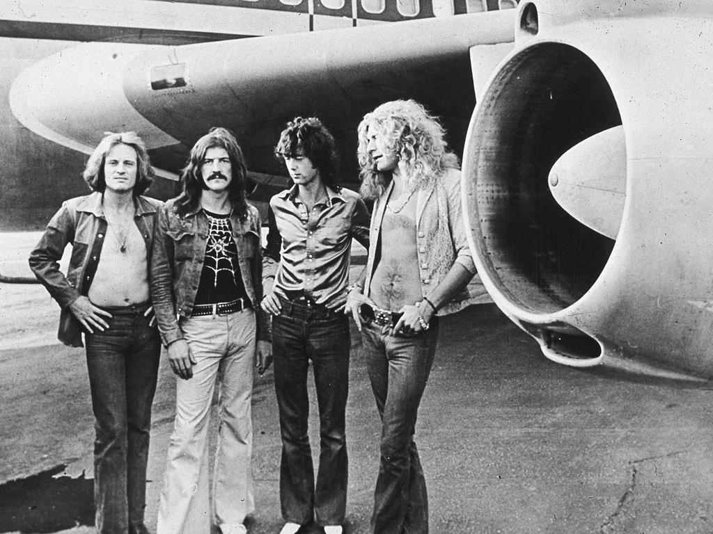 http://4.bp.blogspot.com/_5hWcutOOnLk/TL_B_j4IPjI/AAAAAAAAAEM/TpC5phiAq6Y/s1600/Led+Zeppelin+wallpaper+%286%29.jpg