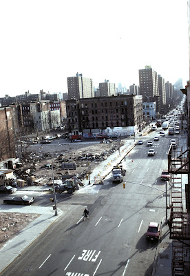 Photo of transitional space in Harlem, by Camilo Jose Vergara