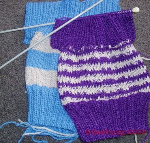 Knitting Patterns For Charity Knitters : sew-funky: Knitting for charity...