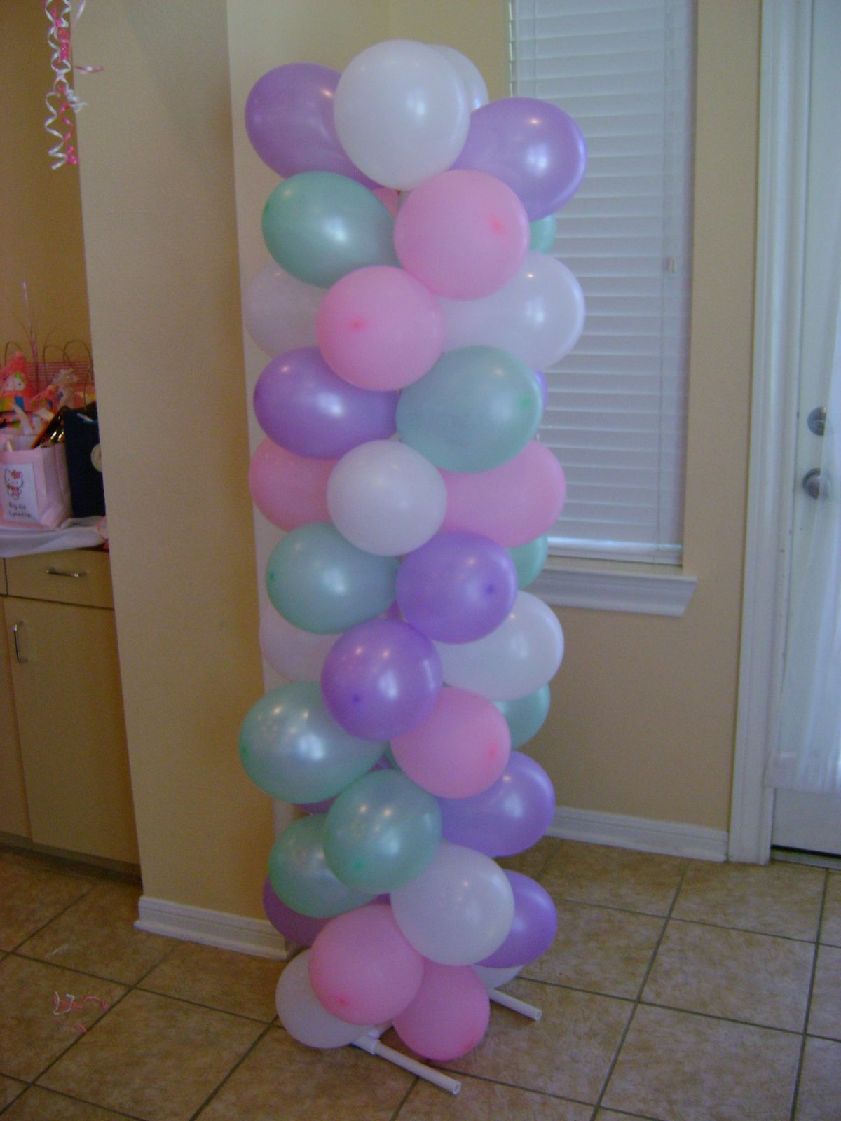 Cute and Sassy Designs by Bonnie: Balloon arches and ...