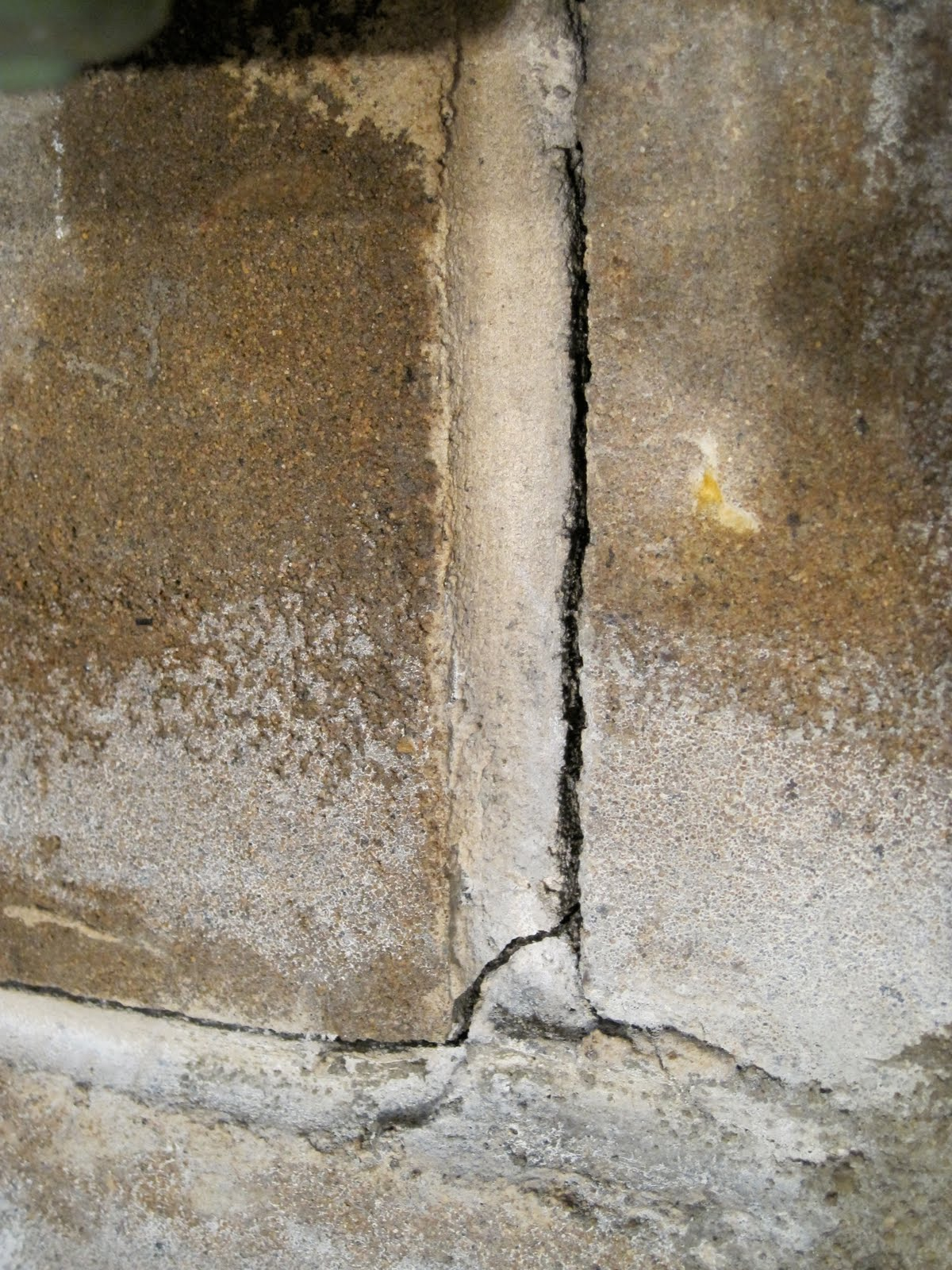 Hole In Concrete Wall : How do i patch a holes in concrete wall factoryrutracker